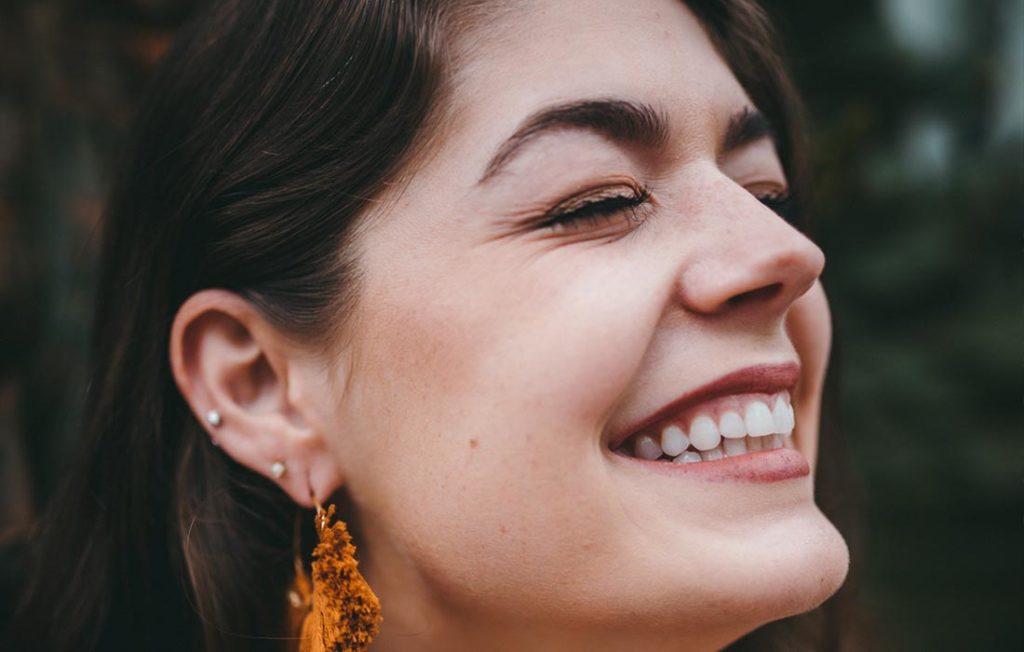 Как сохранить зубы при булимии?